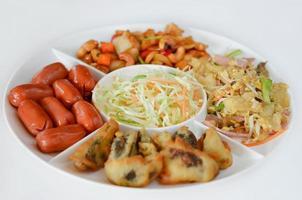 comida de estilo asiático foto