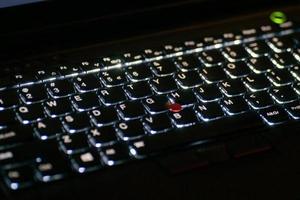 teclado iluminado foto