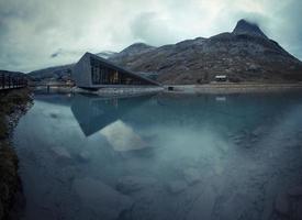 trollstigen pass noruega visitante centro 9