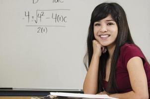 estudante de matemática asiática foto