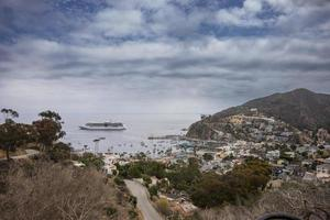 navio de cruzeiro na ilha de santa catalina foto