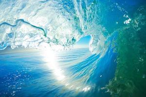 onda azul do oceano foto