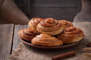 pão de canela doce rola natal caseiro delicioso doce gelado sobremesa