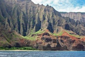 na pali coast em kauai'i, ilhas havaí foto