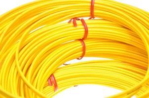 cabos de fibra óptica amarelos foto