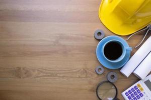 fundo de mesa de engenheiro, conceito de idéias de projeto foto