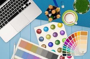 mesa de escritório de design foto