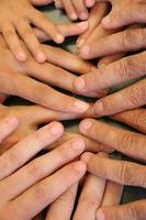 mãos de família 2 foto