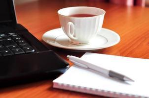 brea de chá no trabalho foto