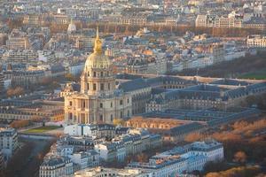 vista aérea de les invalides em paris foto