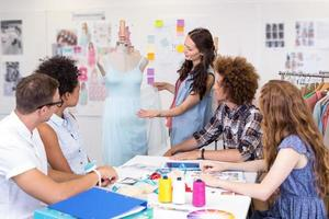 designers em reunião foto