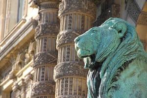 museu do louvre em paris foto