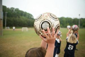 bola de futebol das meninas foto