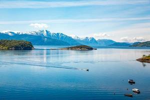 bela natureza noruega. foto