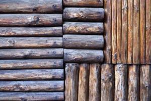 cerca de madeira velha foto