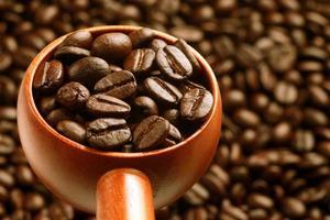 colher de café de madeira foto