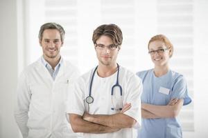 retrato da equipe médica foto