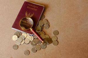 passaporte para a tailândia viajar Tailândia gosta de economizar dinheiro. foto
