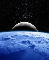 terra e lua à noite