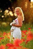 linda mulher grávida foto