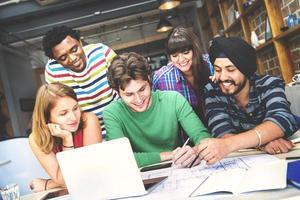conceito de trabalho do grupo diverso arquiteto pessoas