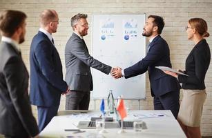 handshaking de negócios