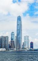 edifícios modernos no distrito financeiro de hong kong foto