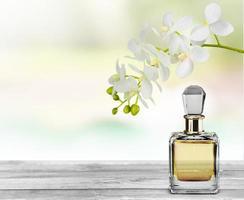 perfume. essência da flor foto