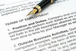 contrato de emprego foto
