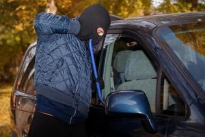 roubar um carro