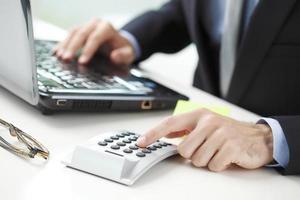 financista, trabalhando no banco foto