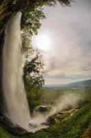 impressionantes cachoeiras em edessa, norte da grécia foto