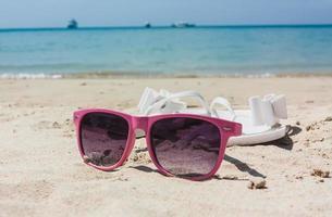 óculos de sol coloridos foto