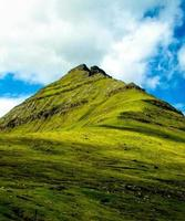 topo da colina, ilhas faroer foto