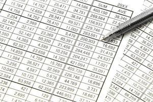 gráfico de negócios para reunião e caneta