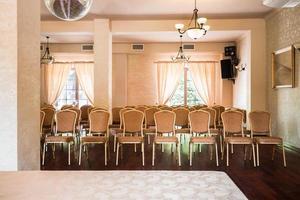 elegante sala de conferências foto