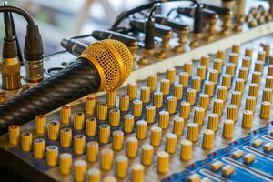 microfone e botões foto