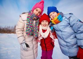 crianças felizes foto