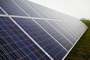 fazenda solar fotovoltaica foto