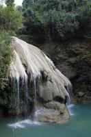 Cachoeira de pulmão Koh na Tailândia