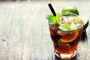 bebida de mojito fresco foto