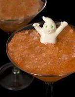 bebida fantasmagórica do dia das bruxas foto