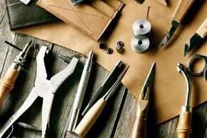 ferramentas de elaboração de couro