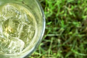 bebida gelada ao ar livre foto