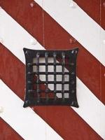 porta do castelo de grade