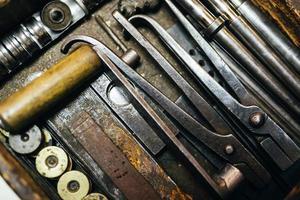 ferramentas vintage enferrujadas
