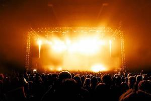 multidão de concertos