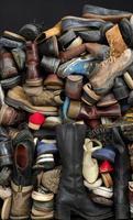 fundos de sapatos velhos foto