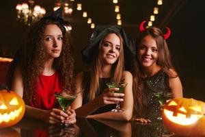 toda mulher é uma bruxa