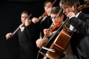 performance de orquestra de cordas